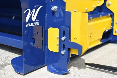 Crochets de sécurité sur la dérouleuse Warzée DE225